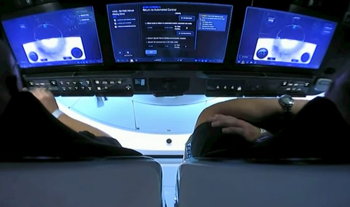 spacex crew dragon touchscreens